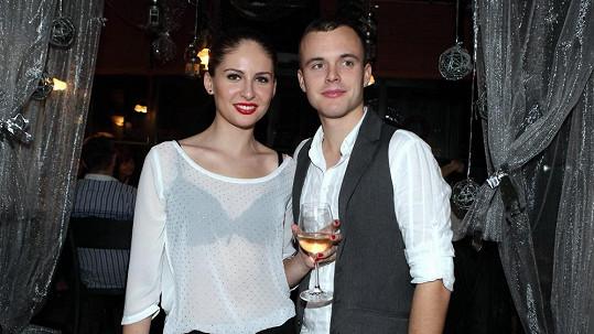 Alžběta Bartošová s přítelem Matějem.