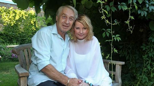 Iveta se zasnoubila s Josefem Rychtářem.