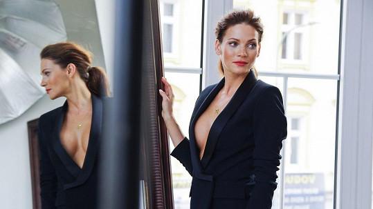 Andrea Verešová v kalendáři ukáže své sexy křivky.