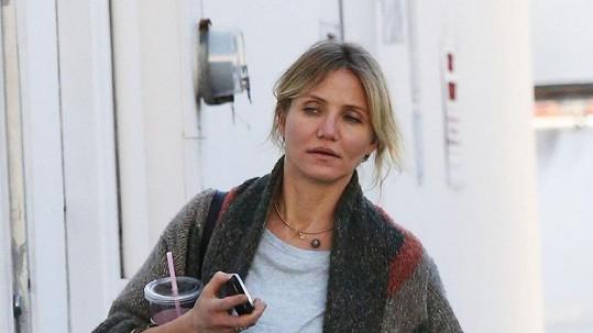 Cameron Diaz nakupovala v Santa Monice.