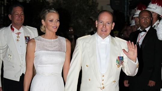 Monacký kníže Albert II. a princezna Charlene budou rodiči.