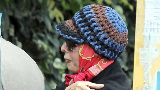 Zastavit čas u Sophie Loren se daří šikovnému plastickému chirurgovi.