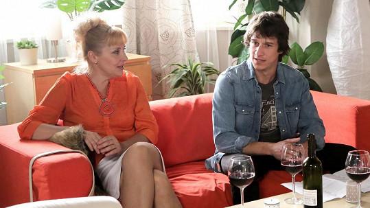 Martin Kraus a Veronika Gajerová v seriálu Svatby v Benátkách