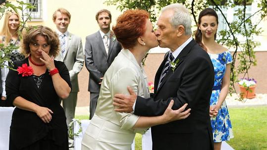 Alois Švehlík se bude v seriálu ženit.