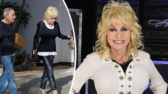 Dolly Parton letos oslaví zlatou svatbu.