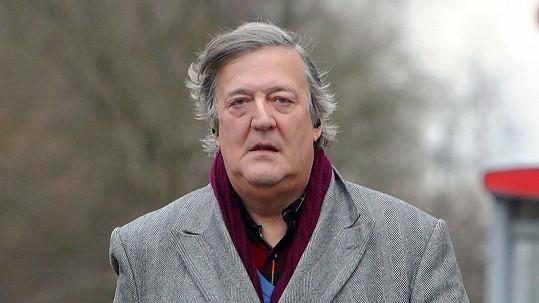 Populární britský herec Stephen Fry (60) přiznal, že bojuje s rakovinou prostaty.