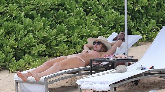 Jessica relaxovala na Havaji.