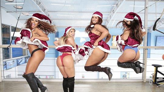 Erika Canela, Carine Felizardo, Rosie Oliveira a Suzy Cortez to umí rozjet.