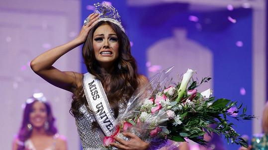 Kristhielee Yinaira Caride Santiago přišla o titul i naději.