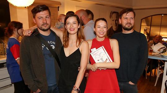 Berenika Kohoutová a Marika Šoposká se svými protějšky