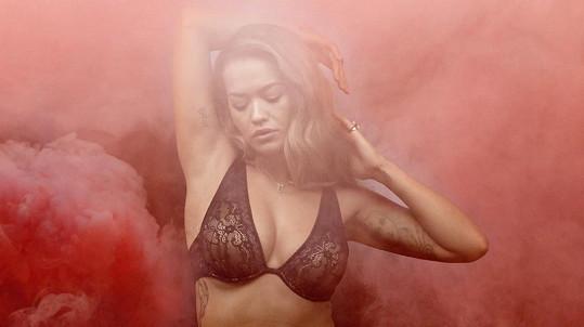 Rita Ora v prádle