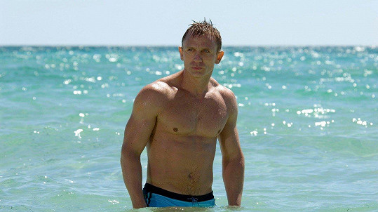 Daniel Craig se ošklivě zranil na natáčení pátého Bonda.