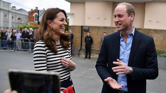 Kate a William mají opět o zábavu postaráno.