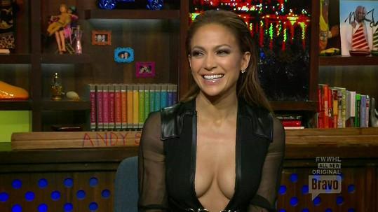 Jennifer Lopez je velmi vyzývavá dáma...