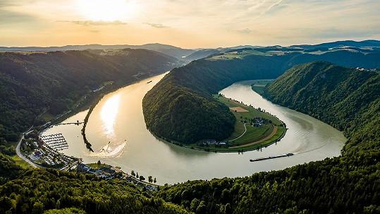Schlögenerova vyhlídka, Dunaj - říční smyčka