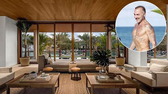 Gianluca Vacchi si koupil dům za víc jak půl miliardy.