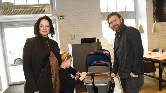 Jitka s manželem Petrem Čadkem a dcerou Elenkou