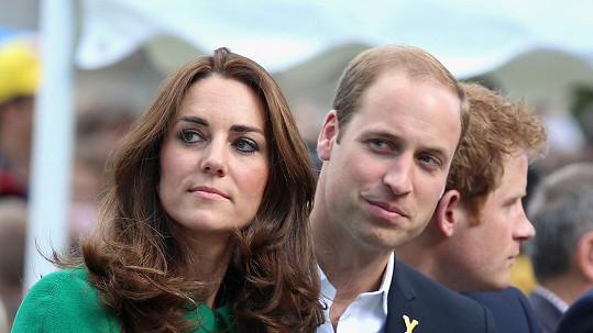 Kate hledá klid u rodičů.