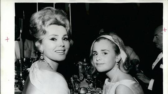 Zsa Zsa Gabor s dcerou Franceskou procestovala půlku světa.