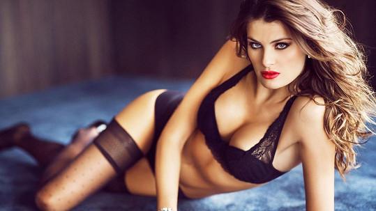 Isabeli Fontana v kampani na luxusní spodní prádlo