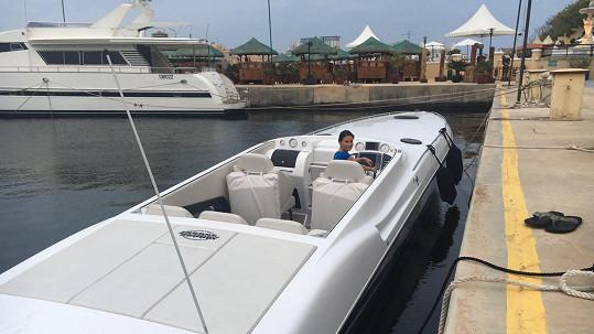 Gábina Partyšová už je na lodi jako doma...