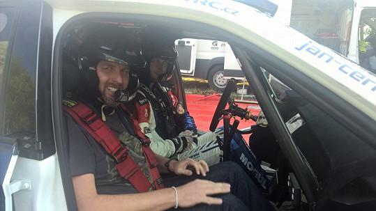 Tomáš Hauptvogel si užil závody rychlých vozů.