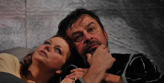 Jana Janěková a Alexej Pyško jsou parťáci i v divadle.