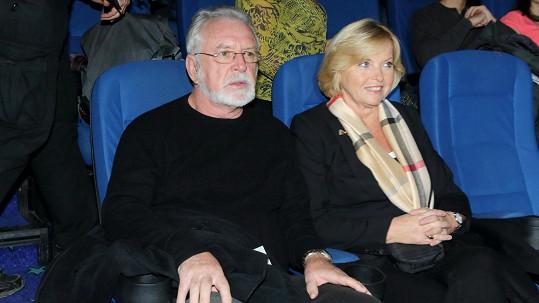 Jaromír Hanzlík s přítelkyní