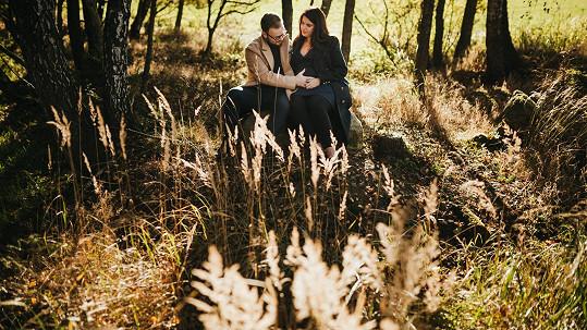 Jan Smigmator s manželkou Katkou čekají svého prvního potomka.