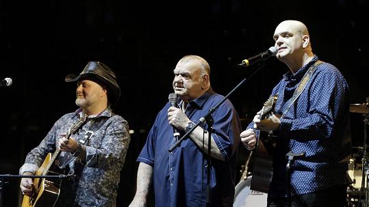 František Nedvěd (uprostřed) na koncertě Marka Ztraceného před dvěma lety