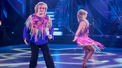 Lukáš Pavlásek nejlépe tančí, když stojí.