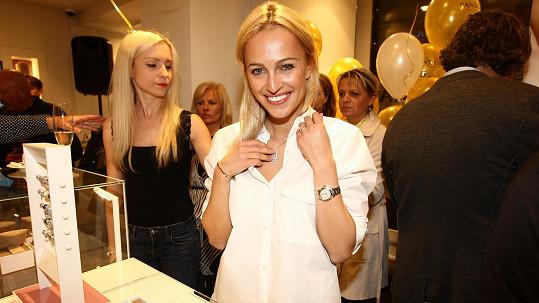 Česká Miss 2006 se zatím na mateřství necítí.