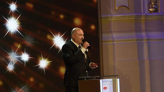 Michal David získal v kategorii zpěváků stříbro, nechce ho!
