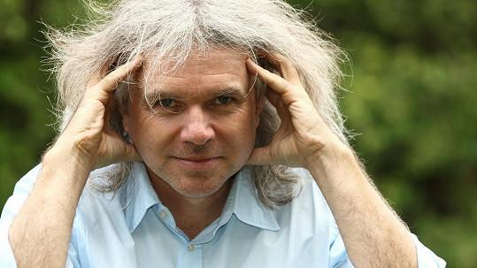 Režisér a spisovatel Ivan Fíla popsal svůj průběh onemocnění covidem-19.