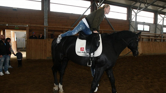 Simona Krainová na koni