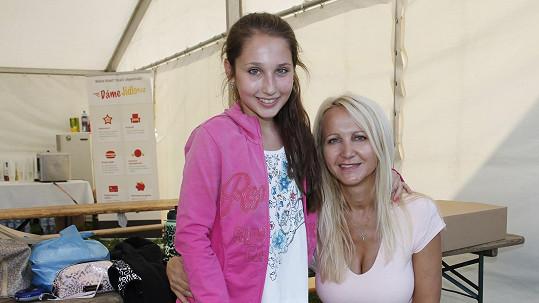 Šárka Grossová s dcerou Natálkou