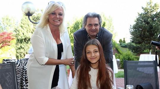 Slávek Boura a Markéta Mayerová s dcerou
