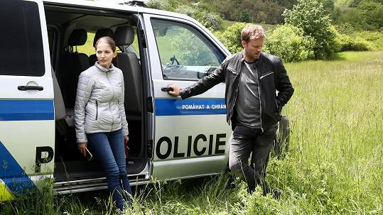 Sara Sandeva a Jakub Prachař
