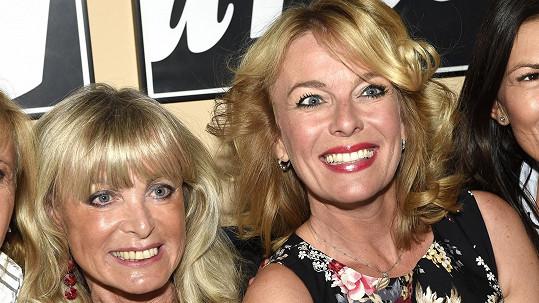 Lucie Benešová s maminkou