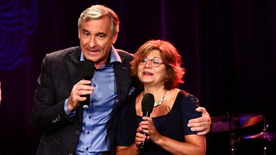 Ivana Andrlová a Jan Čenský společně zpívali slavný hit.