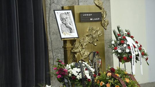 Poslední rozloučení s Josefem Mladým