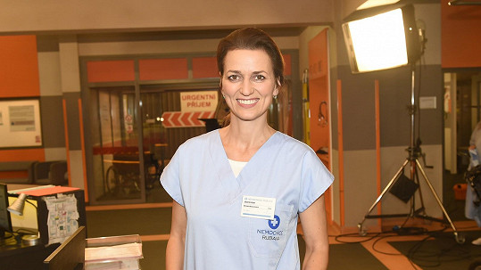 Adéla Gondíková a její kolegové se zapojili do iniciativy Sestřičky sestřičkám.