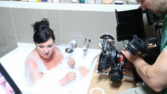 Dáda Patrasová tentokrát nebyla ve sprše, ale ve vaně.