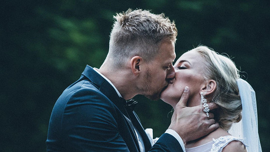 Je tohle první manželský polibek Markéty Konvičkové?