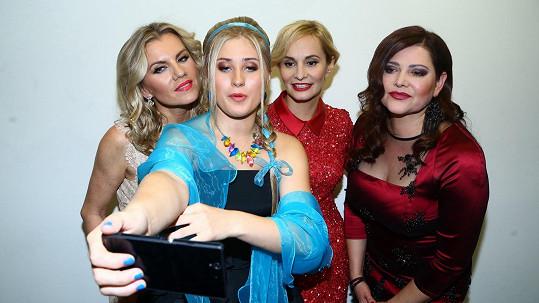 Královny popu si udělaly selfie...
