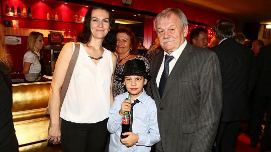 Karel Šíp s manželkou a synem Honzou