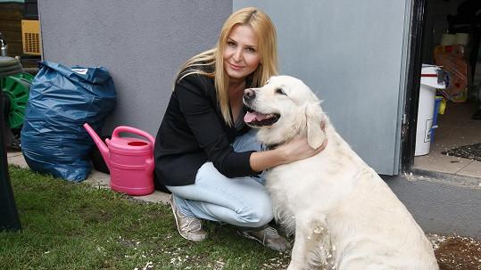 Ivana Gottová s fenkou Stellou