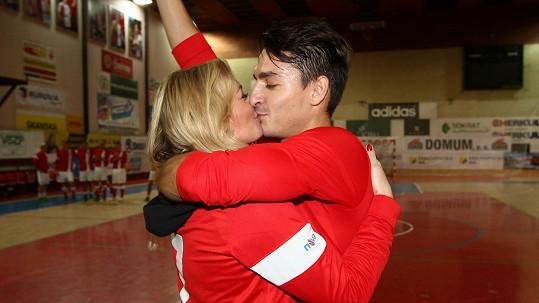Lucie Borhyová a Michal Hrdlička jsou pořád zamilovaní.