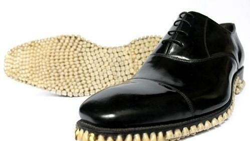 Máte zájem o ozubené botky?
