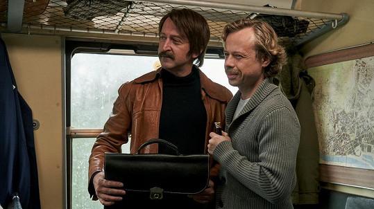 Viktor Dvořák jako Václav Havel a Martin Hofmann jako Pavel Landovský